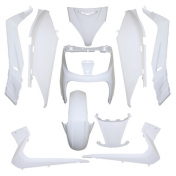 FAIRINGS/BODY PARTS FOR MAXISCOOTER YAMAHA 125 XMAX 20062009/MBK 125 SKYCRUISER 20062007 WHITE GLOSS (10 PARTS KIT)